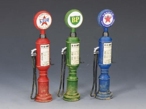 SP052 - Petrol  Gas Pumps (set of 3)