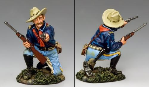 TRW096 - Kneeling Officer with Pistol and Carbine
