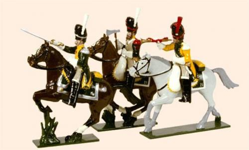 Tradition of London - set N° 713 - French Line Dragoons Elite Company 1812, Painted (An officer, sapeur and Trumpeter) - EN STOCK
