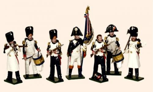 Tradition of London - set N° 747 - French Imperial Guard Grenadiers (An Eagle Bearer, two Sergeants, two Sapeurs and two Drummers 1804-1815), Painted - EN STOCK