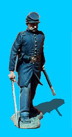 U19 - Officer Advancing - Sword drawn. 54mm Union infantry (unpainted kit) - EN STOCK