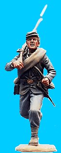 U28 - Running - Rifle over shoulder. 54mm Union infantry (unpainted kit). (removeable blanket roll) - EN STOCK