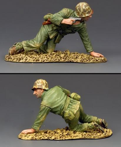 USMC046 - Kneeling Marine with Pistol