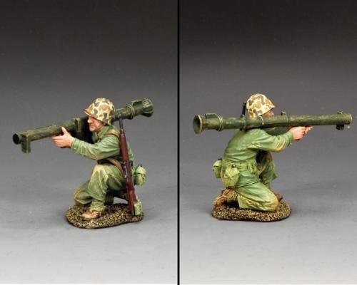 USMC054 - Kneeling Marine with bazooka - disponible début septembre