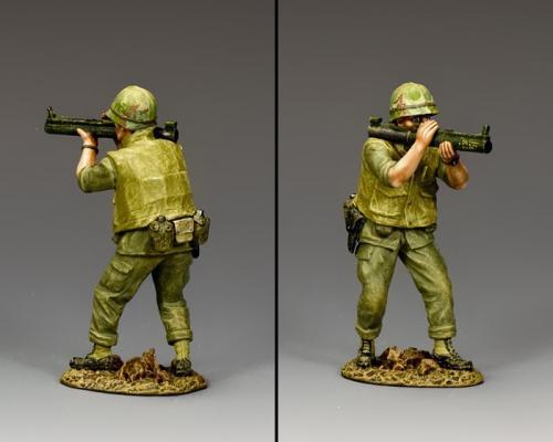 VN046 - Crouching Marine Firing M72 LAW - disponible début mars