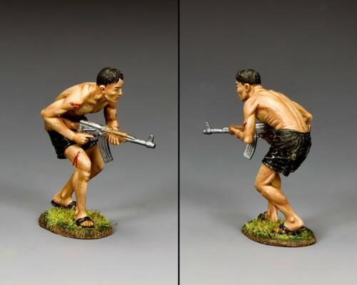 VN102 - Viet Cong Sapper with AK47 - disponible début juillet